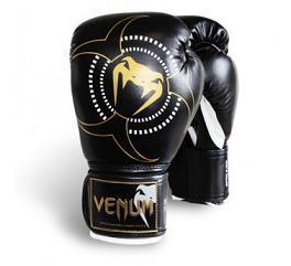 """Διαγωνισμός mmafight.gr με δώρο τα Venum """"Target"""" γάντια του μποξ 0499c87c46f"""