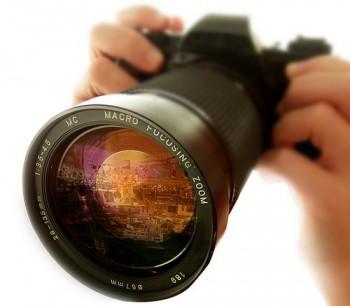 photo cameras main Διαγωνισμός της φωτογράφου Μαρίας Ελισάβετ Μωραΐτου και του mariamora.eu με δώρο τη φωτογράφηση της Βάπτισης ή του Γάμου σας εντελώς δωρεάν