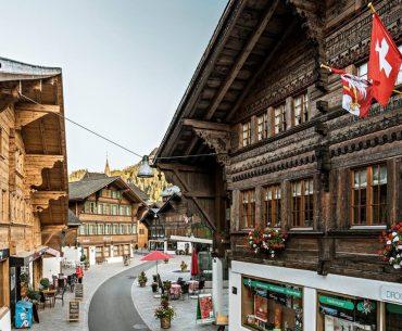 Διαγωνισμός Swiss με δώρο αεροπορικά εισιτήρια και διαμονή στην Ελβετία