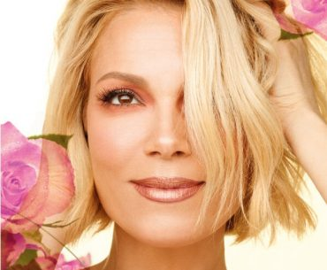 Διαγωνισμός beautyblog.gr με δώρο 5 σετ μακιγιάζ Radiant Professional