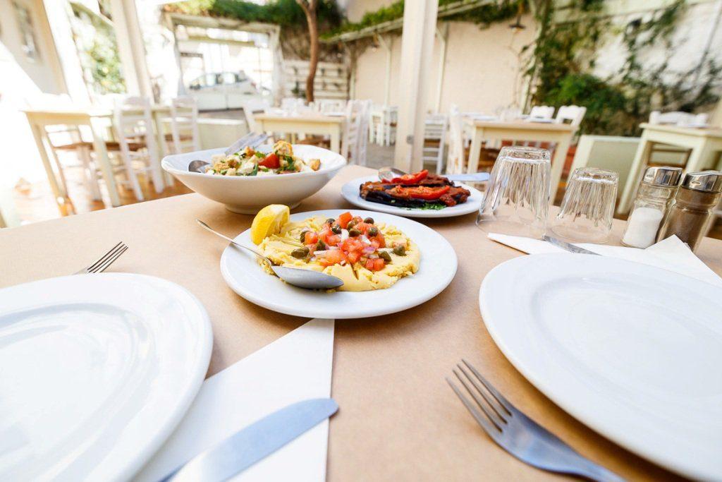 Διαγωνισμός monopoli.gr με δώρο γεύμα για 2 στην ιστορική ταβέρνα «Βυρίνης»
